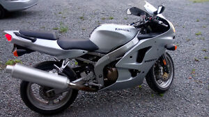 2006 ZZR 600