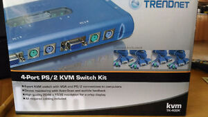 switch KVM Trendnet TK-400K 4 ports