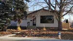 University Area - Lendrum Place - 3 Bdrm + Den House for Rent Edmonton Edmonton Area image 1