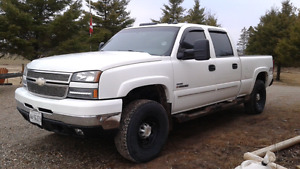 Lbz duramax Sunroof/leather/dvd