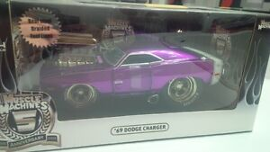 NEW  Diecast 1:24 scale  '69 Charger  BigTime Series