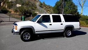 1999 Chevrolet Suburban Diesel Camionnette