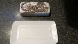 J.&G. Meakin Royal Staffordshire butterdish