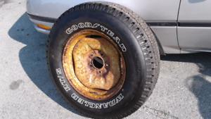 Goodyear Wrangler truck tire 265/70R17