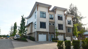 Townhouse in Fraser Heights! 3BR 2.5BA! Premium unit & location!