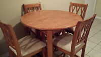 NEW PRICE! Pub Height Round Table and 4 matching Chairs