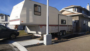 Reserved. 28ft Terry byFleetwood 5th wheel
