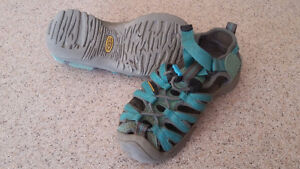 Keen sandals child size 12 London Ontario image 1