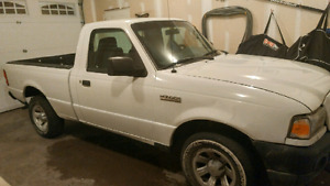 """2009 Ford Ranger (28mpg) """"inspected"""" very low kms"""