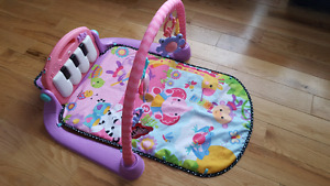 Fisher-Price Piano Kick and Play
