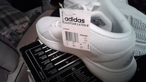 Brand new adidas cloud foam ilation m size 10 white