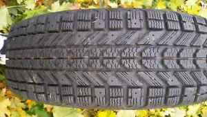 Used set of winter tires 300.00 Obo Kingston Kingston Area image 3