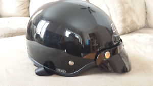 HJC motorcycle helmet - CS-2M size small - only worn 2-3 times.