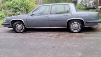 Cadillac 1985, owned by senior great shape