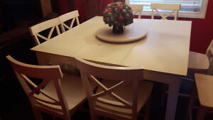 DINNER TABLE AND 8 CHAIRS