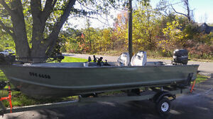 16ft Spectrum Bluefin Fishing Boat
