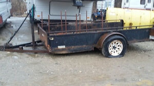 5X10 Utility Trailer NEEDS WORK.   MAKE ME AN OFFER ! It's YOURS