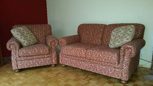 Love Seat and Arm Chair / Causeuse et Fauteuil West Island Greater Montréal image 1