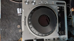 cdj 800 mk2 and 1 forsale