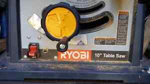 "Robin 10"" table saw with 4 blades Gatineau Ottawa / Gatineau Area image 3"