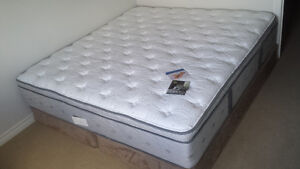Brand New KIng size Mattress and Box Spring