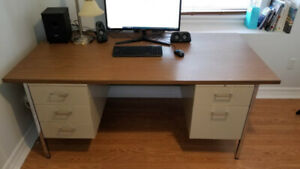 Solid Steel frame office desk/computer desk,comes with a chair