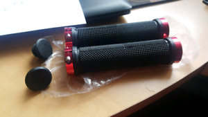 Lock-on bicycle grips - Brand New!
