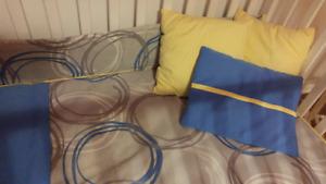 un ensemble douillette (couvre-lit) bassinette bebe garcon