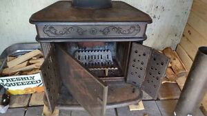 Wood Stove with insulated pipe