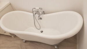 New Clawfoot Tub including faucet set