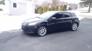 Mazda 3 GT rims and tires only 6200km of use.