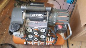 compresseur  Ridgid à vendre