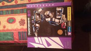 Transformer masterpiece soundwave toys r us exclusive West Island Greater Montréal image 1