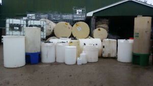 Bulk liquid tanks and containers