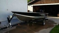 Lund WD-14 Boat with New 9.9 Fourstroke Mercury Outboard