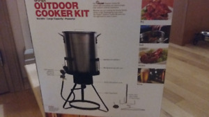 30qt. Outdoor Cooker Kit