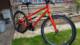 Near new boys mountain bike Cuda CP24