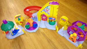 Fisher Price Little People Carnival Amusement Park