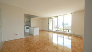 Bright Spacious Freshly Renovated 2 Bedroom Apartment