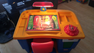 Little tikes kids desk with light