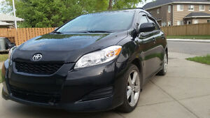 2010 Toyota Matrix XR Hatchback-REDUCED
