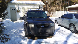 2006 Ford Escape V6 4x4 great little work unit