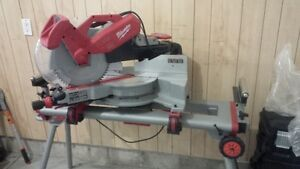 Milwaukee 12 inch compound mitre saw with stand