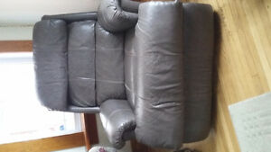 Lazy boy Recliner Reduced Price London Ontario image 1