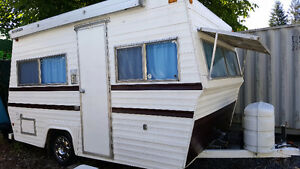 """VINTAGE"" Travel Trailer   "" REDUCED PRICE "" 3800"