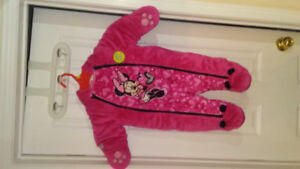 Brand new snow suit 3-6 months