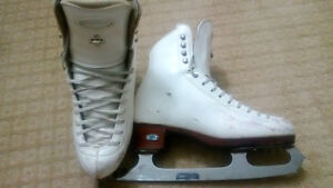 Riedell Figure Skates, 5 1/2