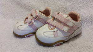 Toddler Stride Rite Girls Sneakers Shoes Size 3 EUC