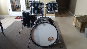 High end drums at budget price