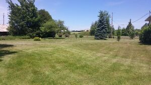 KAWARTHA CREATIONS: Lawn Care / Fall Clean Up Peterborough Peterborough Area image 7